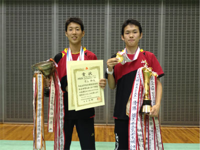 doubles_badminton_2014